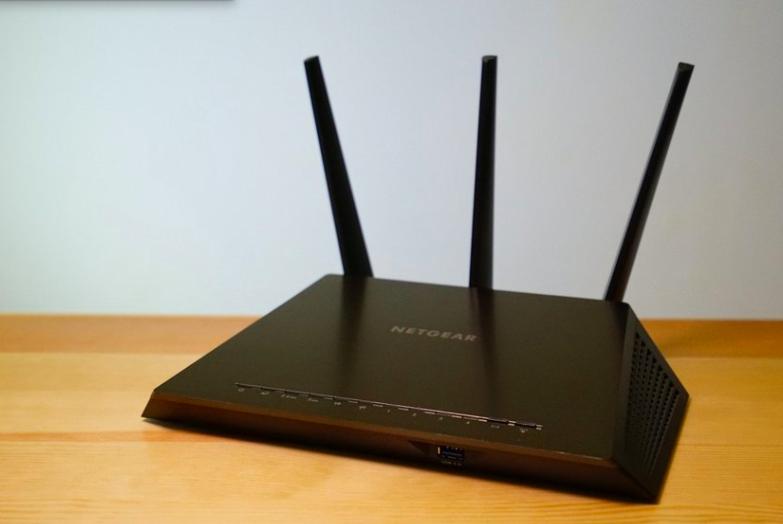 Wi-Fi Router 經典,NETGEAR R7000 一千蚊有找